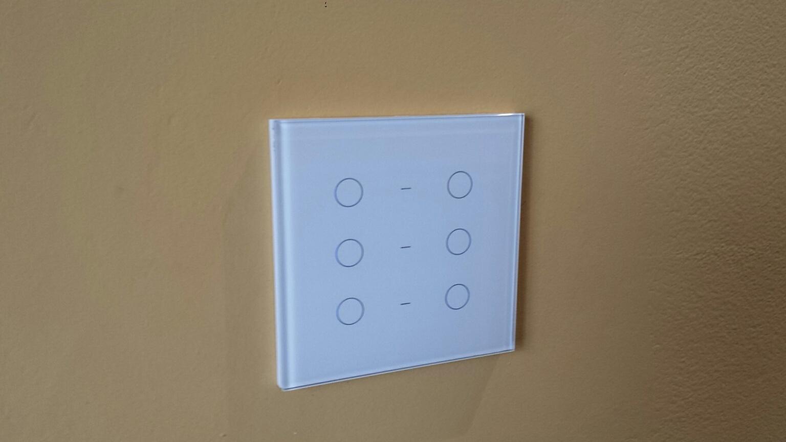 Automação Residencial em sala de reunião - Controle de Iluminaçãoe Som Ambiente